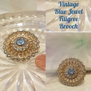 Vintage Brooch Blue Gold Gift Boxed
